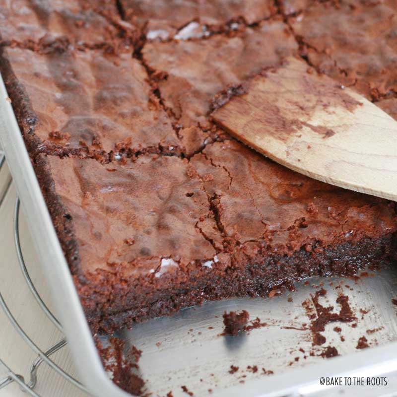 Nutella Fudge Brownies | Bake to the roots