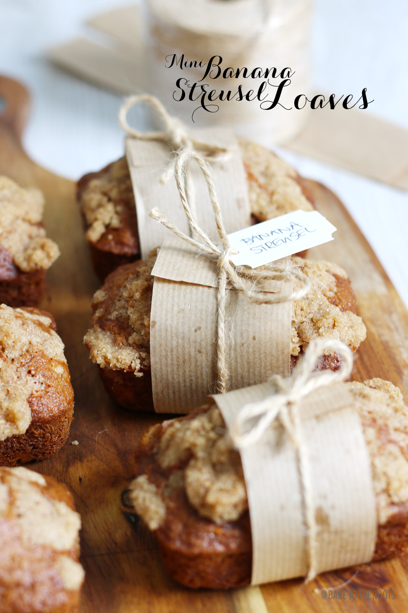 Mini Banana Streusel Loaves | Bake to the roots