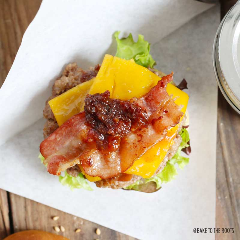 Bacon Cheeseburger Sliders with Bacon Jam | Bake to the roots