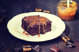 Toffee Apple Brownies | Bake to the roots
