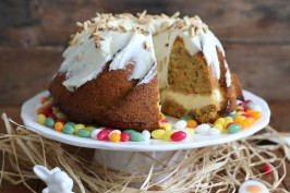 Carrot Cake Cheesecake Gugelhupf | Bake to the roots