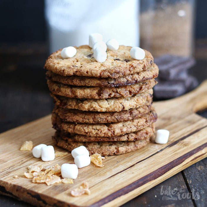 Chocolate Cornflake Crunch Marshmallow Cookies – Bake to the roots
