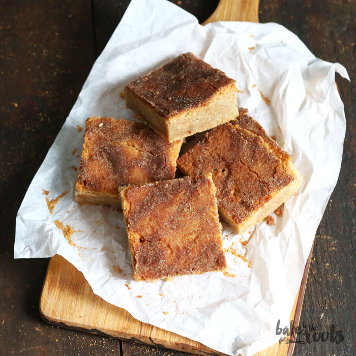 Snickerdoodle Blondies | Bake to the roots
