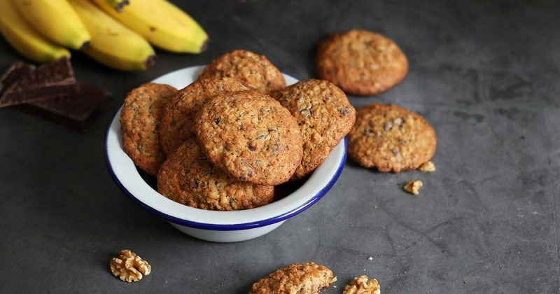 banana walnut chocolate chunk cookies bake to the roots. Black Bedroom Furniture Sets. Home Design Ideas